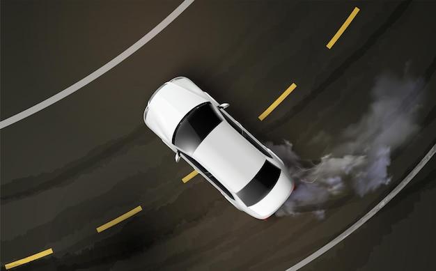 Draufsicht des autos, das auf einer kurve driftet