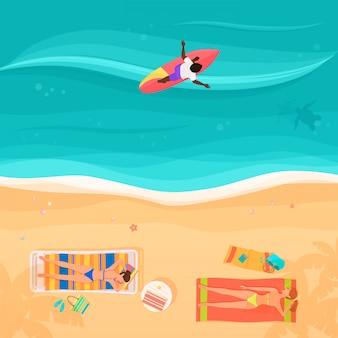 Draufsicht des seestrandes, der leute und des surfers