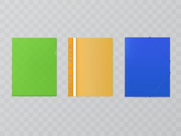 Drei helle plastikordner - set von büromaterial. akten, umschläge mit selbsteinband