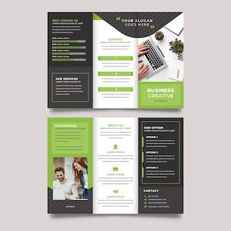 Dreifach gefaltete broschüren-druckvorlage