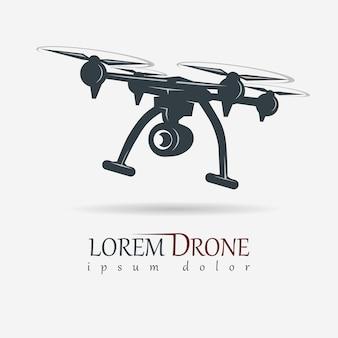 Drohne mit action-kamera, quadrocopter-bild, emblem für luftvideogeräte