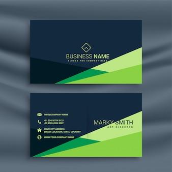 Dunkle visitenkarte mit grüner geometrischer form