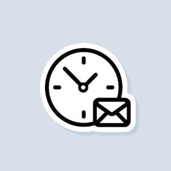 E-mail- und messaging-aufkleber. umschlag mit uhrzeit. e-mail-symbol. newsletter-logo. vektor auf isoliertem hintergrund. eps 10.