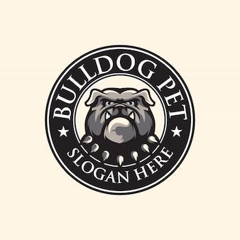 Ehrfürchtige bulldoggenlogoillustration für klaps