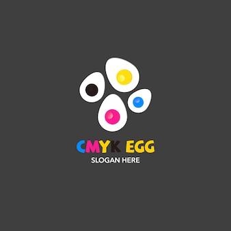 Eier-logo auf grauem hintergrund