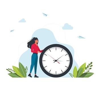 Eile frau und wanduhr. konzept des zeitmanagements, effektive planung für produktive arbeit, stressige aufgabe, frist, countdown. moderne flache bunte vektorillustration für plakat, fahne.