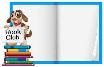 Ein Hund und ein leeres Notizbuch