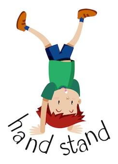 Ein junge, der auf ihren händen umgedreht steht.