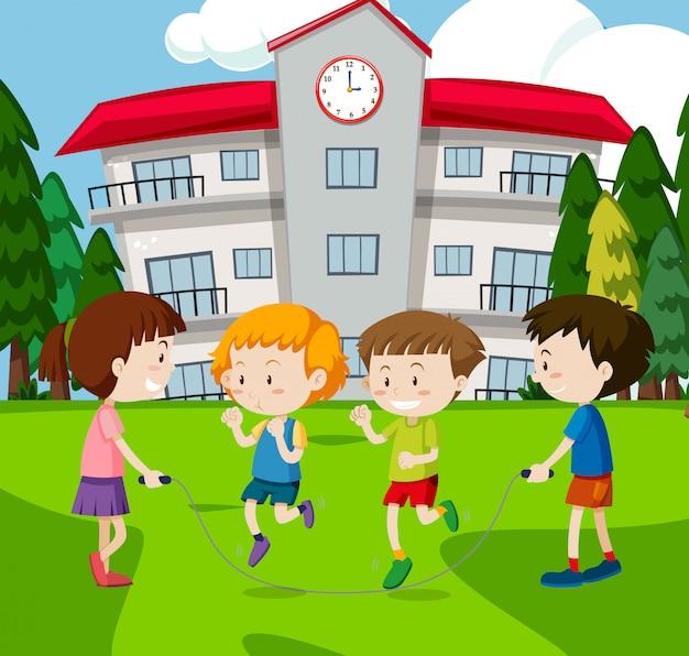 Ein kinderseil, das in der schule springt