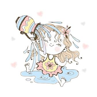 Ein kleines süßes mädchen übergießt sich fröhlich mit wasser aus einem krug.