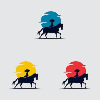 Ein mädchen, das pferd im sonnenuntergang reitet