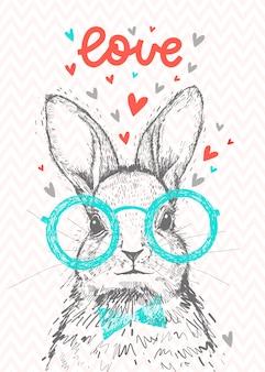Ein niedliches hipster-kaninchen mit herzen und beschriftung liebe. hand gezeichnetes kaninchen mit gläsern.