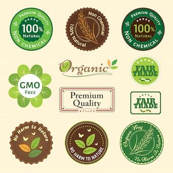 Ein set aus ökologischer, nicht chemischer qualität und fairem handel garantiert die emblem-embleme für pflanzliches obst und gemüse