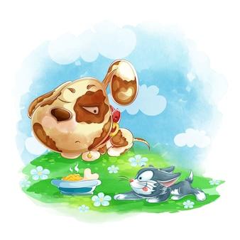 Ein süßer welpe schläft und ein freches kätzchen schleicht sich an seine schüssel.