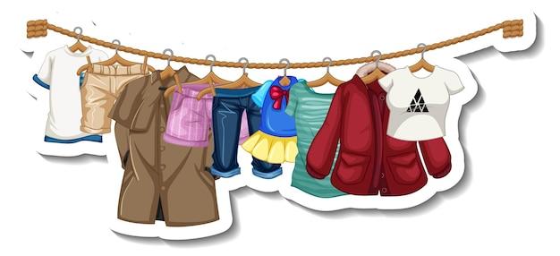 Eine aufklebervorlage von kleiderständern mit vielen kleidern auf kleiderbügeln auf weißem hintergrund