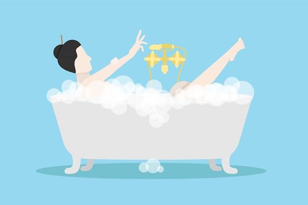 Eine frau badete in badewannen