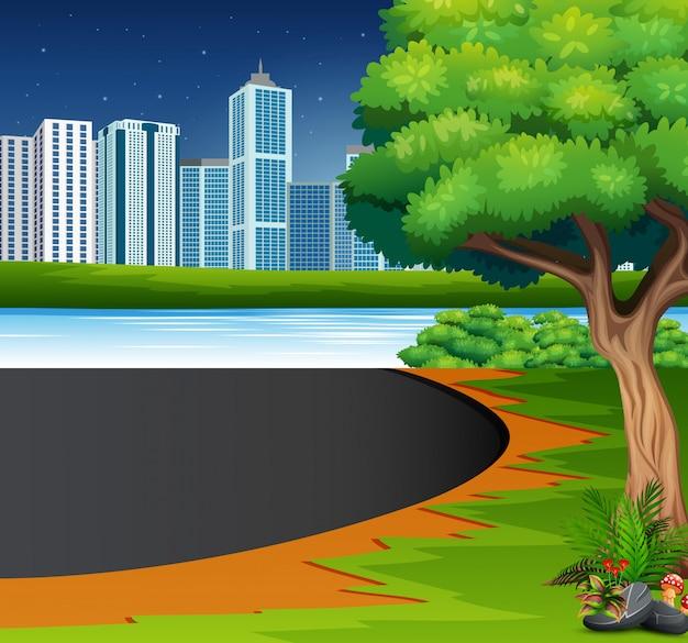 Eine natürliche aussicht mit einem städtischen hintergrund