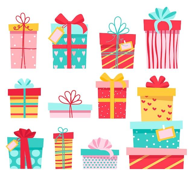 Eine reihe von bunten geschenken, viele verschiedene süße schachteln mit schleifen.