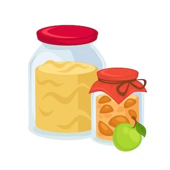 Eingelegte äpfel und großes glas süße marmelade