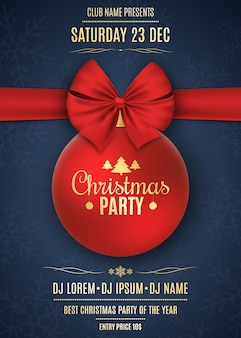 Einladung zu einer weihnachtsfeier. rote kugel mit rotem band auf einem dunkelblauen hintergrund mit schneeflocken. die namen des djs und des clubs. goldtext auf einem dunklen hintergrund. vektor