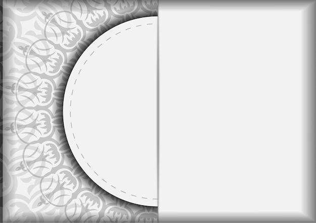 Einladungskartendesign mit platz für ihren text und vintage-muster. vektor-ready-to-print-design für grußkarten weiße farben mit mandalas.