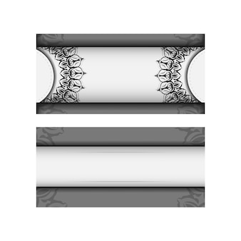 Einladungsvorlage mit platz für ihren text und vintage-muster. vektordesignpostkarte weiße farben mit mandalas.