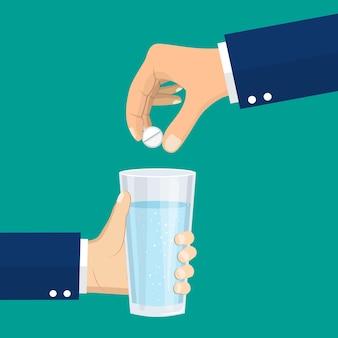 Einnahme der pillen. der mensch hält die pillen und ein glas wasser in den händen. medizinisches behandlungskonzept. gesundheitswesen. einnahme von medikamenten. vektorillustration im flachen stil