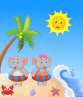 Elefant mit aufblasbarem ring am strand