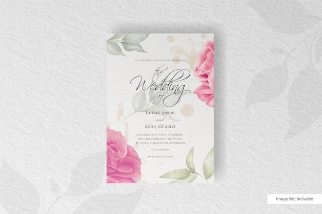 Elegante blühende blumenarrangementhochzeitseinladungskartenschablone
