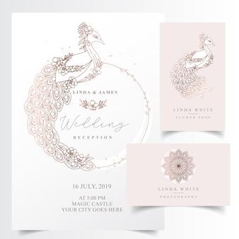 Elegante einladungskarte mit einem pfau