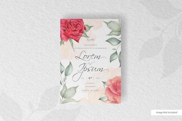 Elegante hochzeitseinladung mit schöner aquarellblumen- und blattanordnung