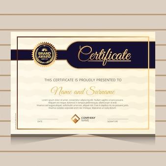 Elegante und goldene diplom zertifikatvorlage