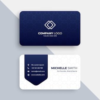 Elegante visitenkartenvorlage mit blauem und weißem muster