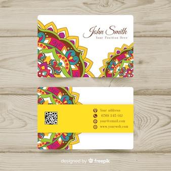 Elegante visitenkarteschablone mit mandaladesign