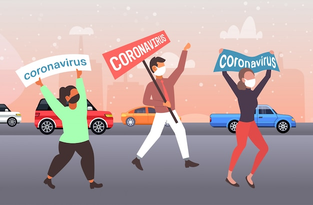 Epidemie mers-cov menschen in schutzmasken halten banner stop coronavirus-infektionspräventionskonzept wuhan 2019-ncov pandemie gesundheitsrisiko stadtstraße in voller länge horizontal