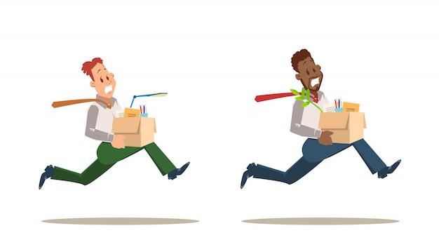 Erschrockener entlassener arbeitskraft-mann, der vom bürosatz läuft
