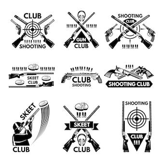 Etiketten für den schützenverein festgelegt. illustrationen von waffen, kugeln, ton und waffen. emblem schießen sportverein, abzeichen skeet