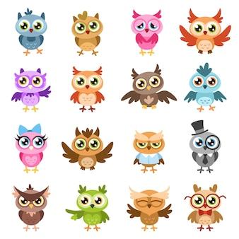 Eulen. farbe süße weise eule aufkleber, geburtstagskinder duschen lustige waldvögel mit verschiedenen gesten vektor flache zeichentrickfiguren isoliert set