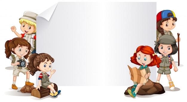 Fahnenschablone mit kindern kostüm im im freien