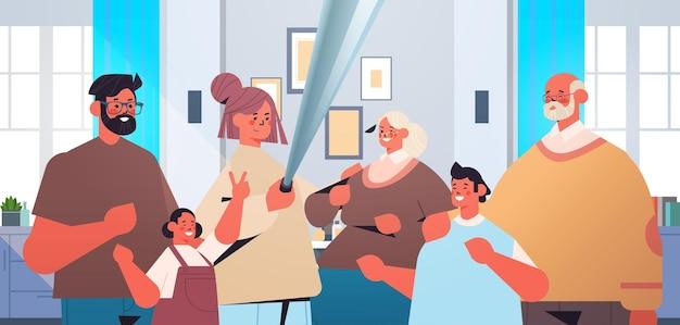 Familie mit mehreren generationen unter verwendung des selfie-sticks und fotografieren auf der horizontalen porträtvektorillustration des wohnzimmers der smartphone-kamera