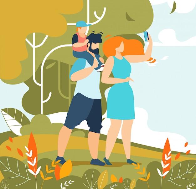 Familien-paare mit dem kind, das selfie auf natur nimmt