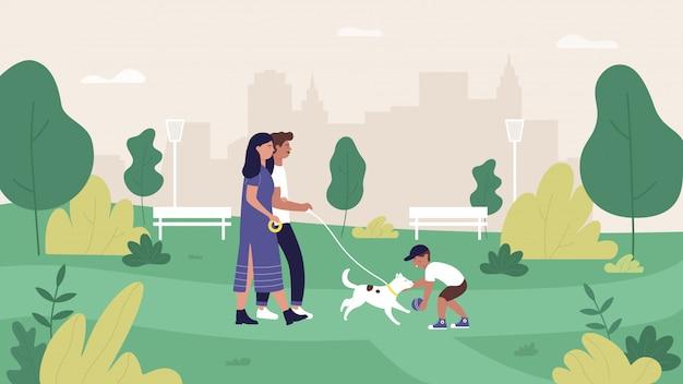 Familienmenschen in der sommerstadtparkillustration, karikaturmutter-, -vater- und -schuhcharaktere, die mit haustierhund in grüner parklandschaft gehen und spielen