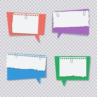 Farbige spracheblase mit weißen heftigen papierstücken