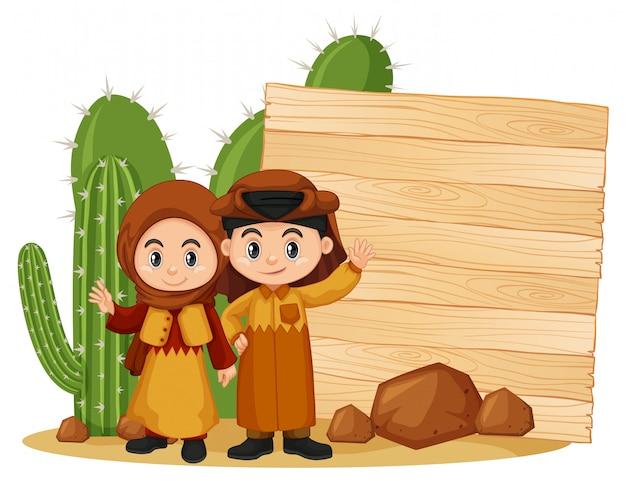 Feldschablone mit glücklichem kind und kaktus