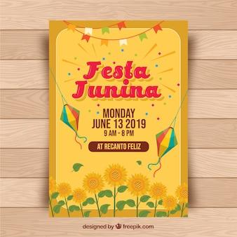 Festa junina flyer mit traditionellen elementen