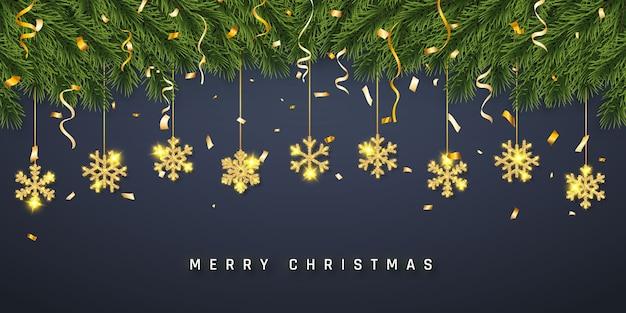 Festlicher weihnachts- oder neujahrshintergrund. weihnachtstannenzweige mit konfetti und goldener glitzerschneeflocke. urlaub hintergrund.