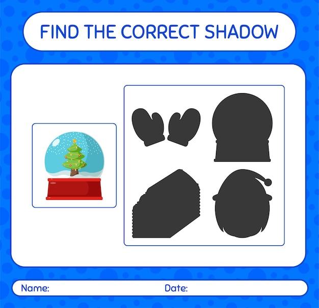 Finden sie das richtige schattenspiel mit glasschneeball. arbeitsblatt für kinder im vorschulalter, aktivitätsblatt für kinder