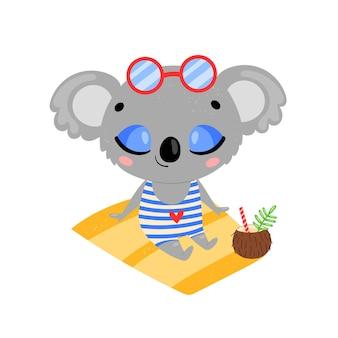 Flache doodle niedlichen cartoon-sommer-koala sonnenbaden am strand. tropische dschungeltiere