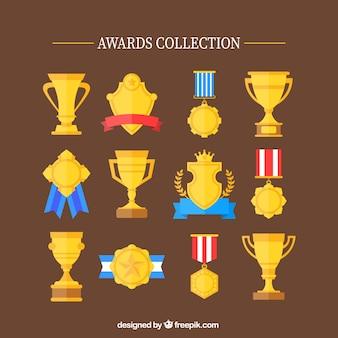 Flache goldene pokale und medaillen-set