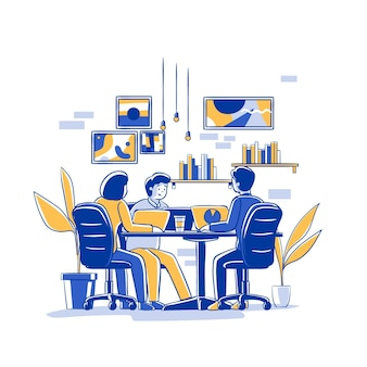 Flache hand gezeichnete doppelmannschaft coworking auf laptops Premium Vektoren